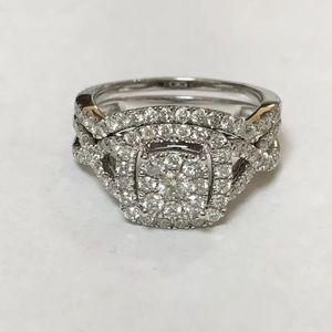 Jewelry - Stunning 1 carat 10k white gold diamond ring set